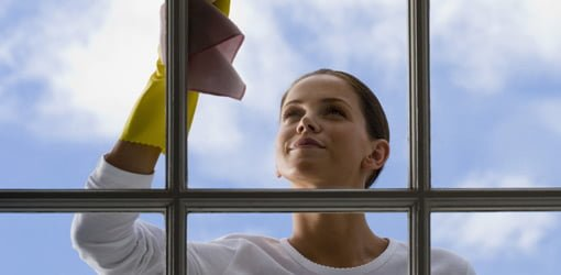 http://www.todayshomeowner.com/wp-content/uploads/2009/03/advertorial-jeld-wen-how-clean-windows-featured.jpg