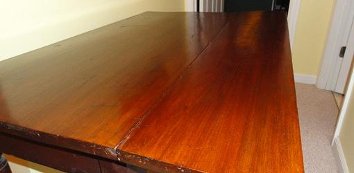 Table after mayonnaise treatment