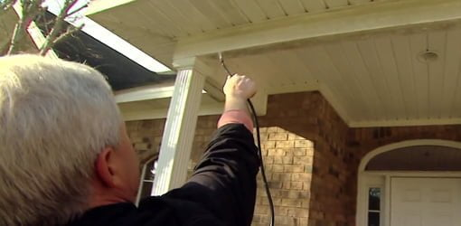 How To Clean Vinyl Siding Today S Homeowner
