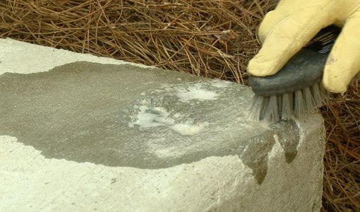 Cleaning Concrete with QUIKRETE Concrete Cleaner