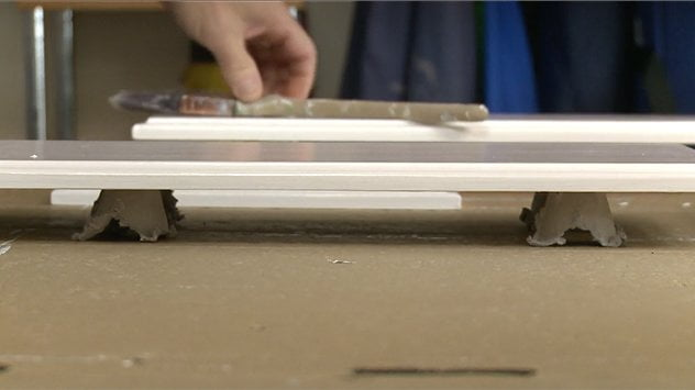 painting cabinet edges
