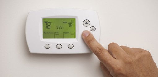 Setting a programmable thermostat