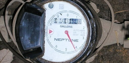 How to Check a Water Meter to Find Plumbing Leaks | Today's Homeowner