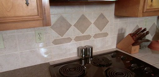 Tile kitchen backsplash