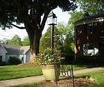 How to Make a Light Post Planter for Your Yard