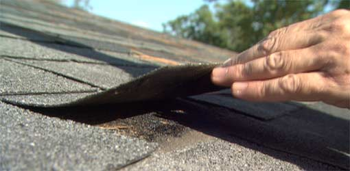 How to Tell When to Replace an Asphalt Shingle