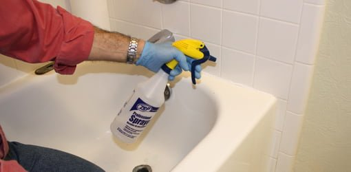 Tip For Smoothing Silicone Caulk Todays Homeowner - Best type of caulk for shower