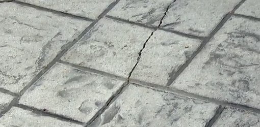 Exceptionnel Crack In Concrete Patio.