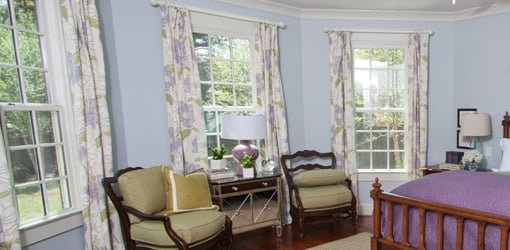 Windows with closeable drapes.