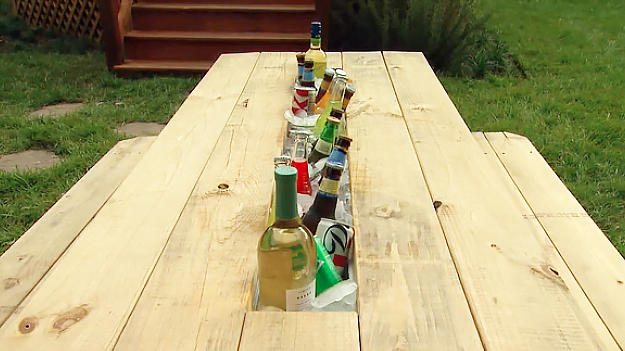 How to Make a Drink Trough for a Picnic Table | Today's